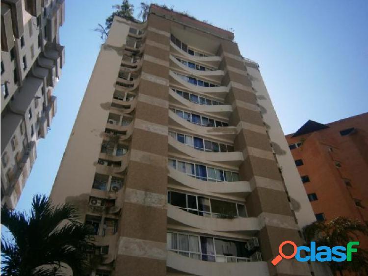 Apartamento en El Bosque 20-11037 RAGA