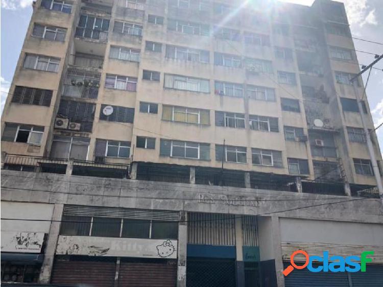 Apartamento en venta en Valecia Centro Cod 20-20853 MRR