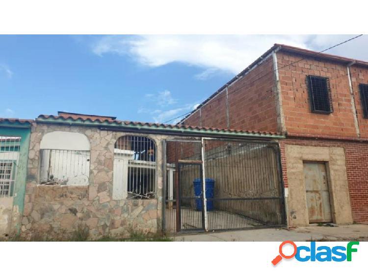 Casa en El Saman 20-20379 RAGA