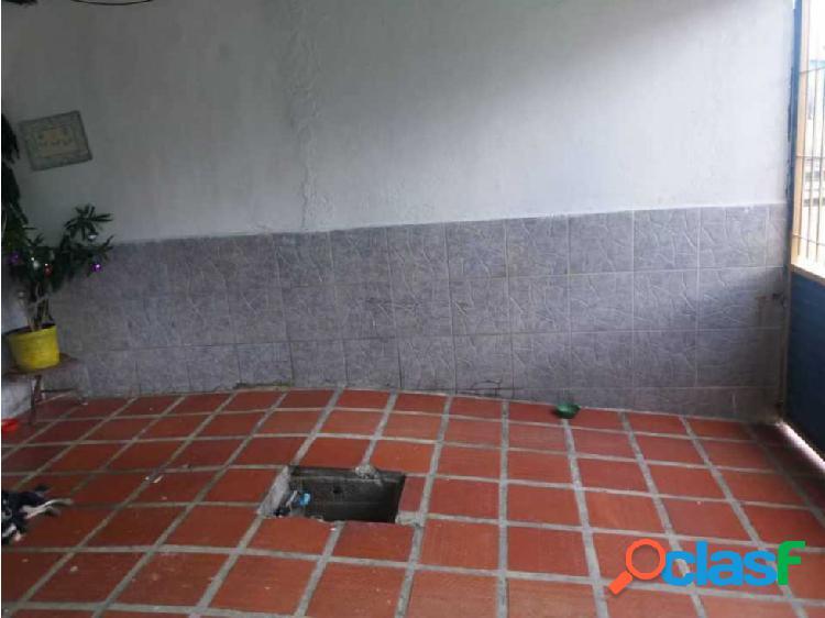 Casa en Venta URB Trapichito