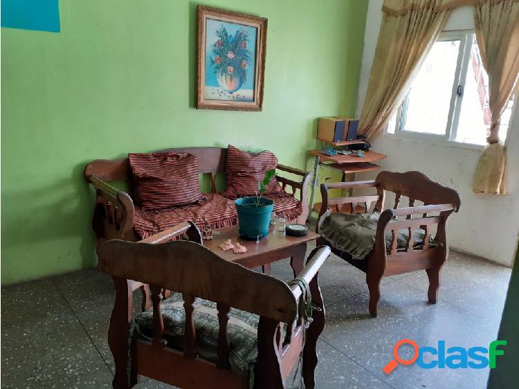 Comoda casa en Valle de Oro Flor Amarillo