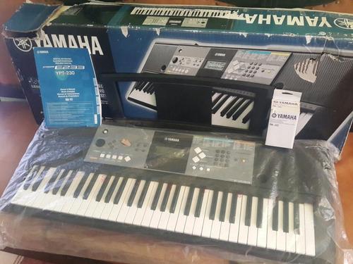 Teclado Piano Yamaha