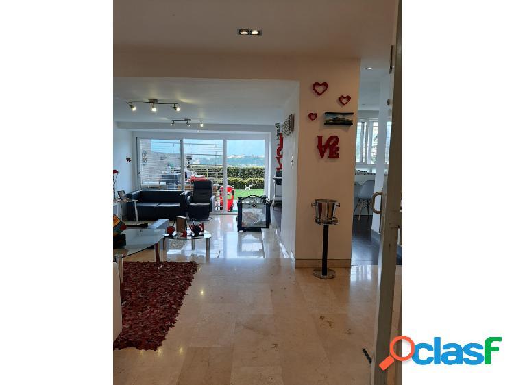 Apartamento en venta Los Naranjos del Cafetal Villa de Campo