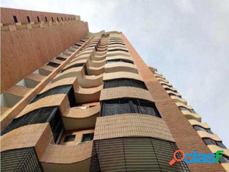 Apartamento en venta en Valencia La Trigaleña 20-16896