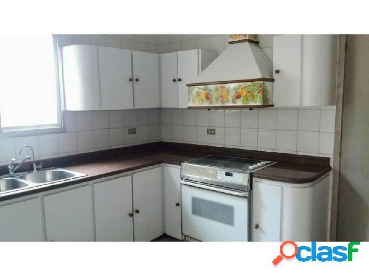 Casa en Venta en Carora Edo Lara, AL 20-3576