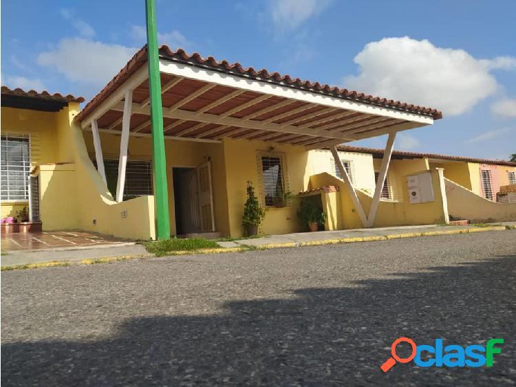 Junior Alvarado Vende Casa en Cabudare RAH:20-9948 ?