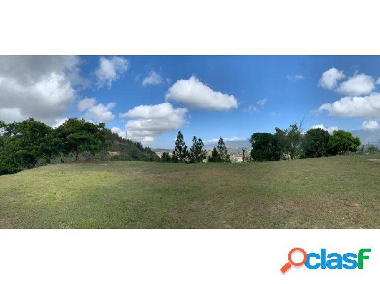 Se vende Terreno 11.500m2 Lomas de Chuspa
