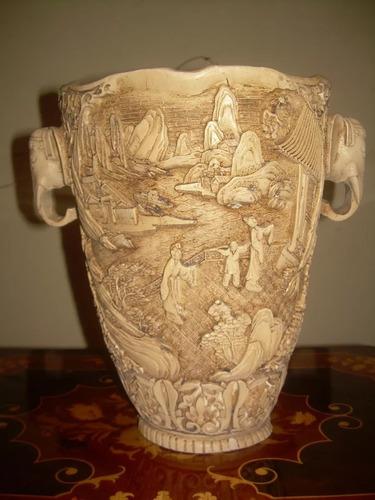 Antiguo Florero De Marmolina China Tallado A Mano Muy Bien R