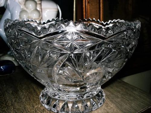 Bombonera De Cristal De Bohemia Tallada En Perfecto Estado M