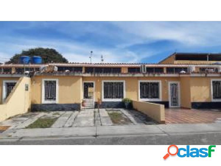 Casa en Venta Cabudare La Mora, AL 20-6060