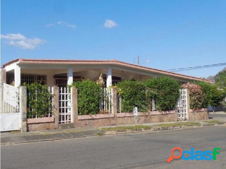 Casa en venta en La Esmeralda San Diego 20-5330 RAGA