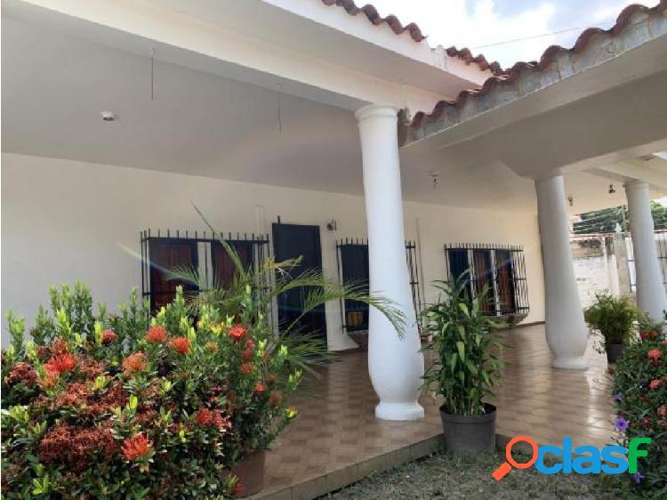 Casa en venta en La Esperanza Libertador 20-18235 RAGA
