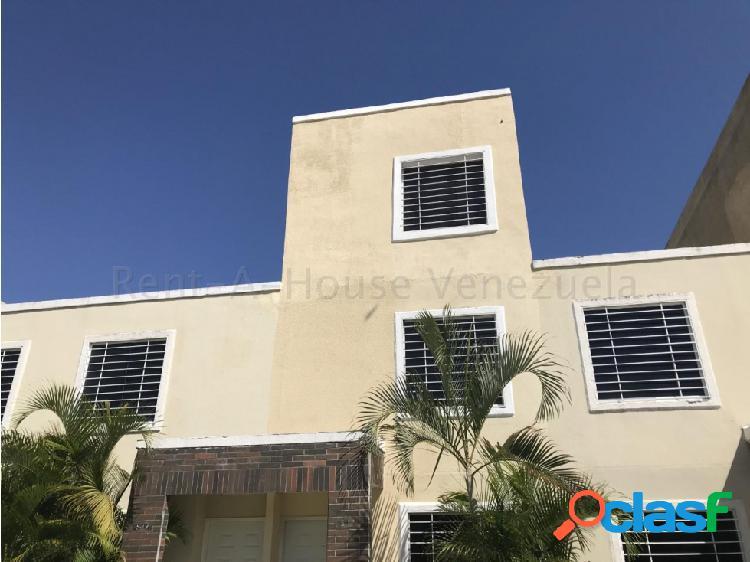 Junior Alvarado Vende Casa en Cabudare RAH:20-7326