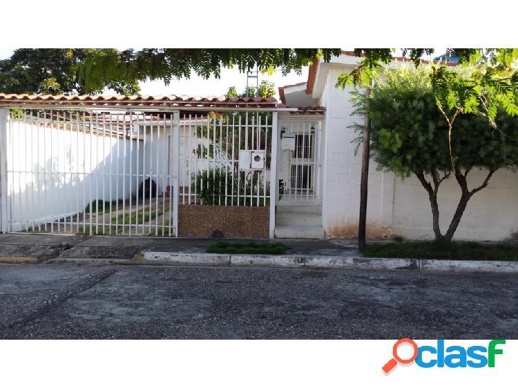 Junior Alvarado Venta Casa en Cabudare RAH:20-3078