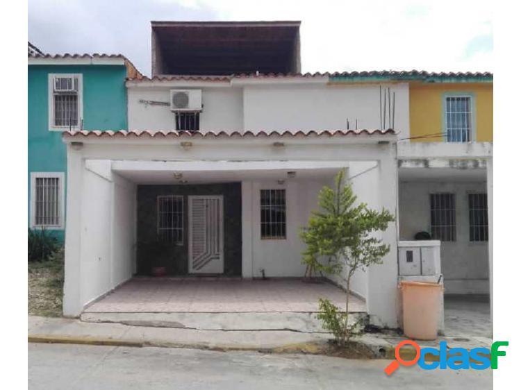 Townhouse en Venta Charallave Miranda Samanes de Betania