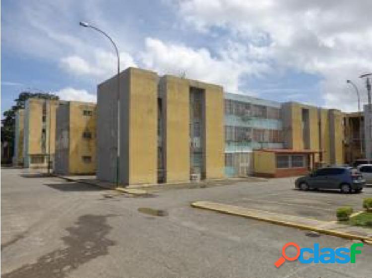 Apartamento en Venta Cabudare La Mora, AL 20-1439