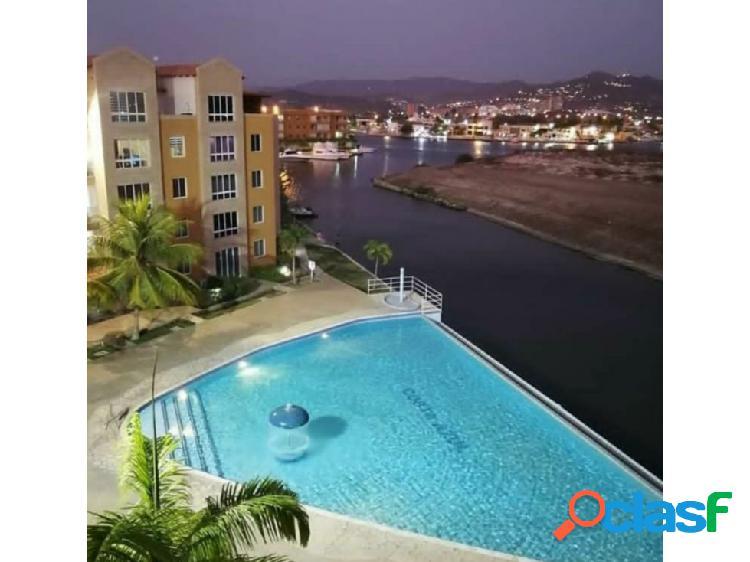 Marina del Rey / Apartamento PH / Venta / Lecheria