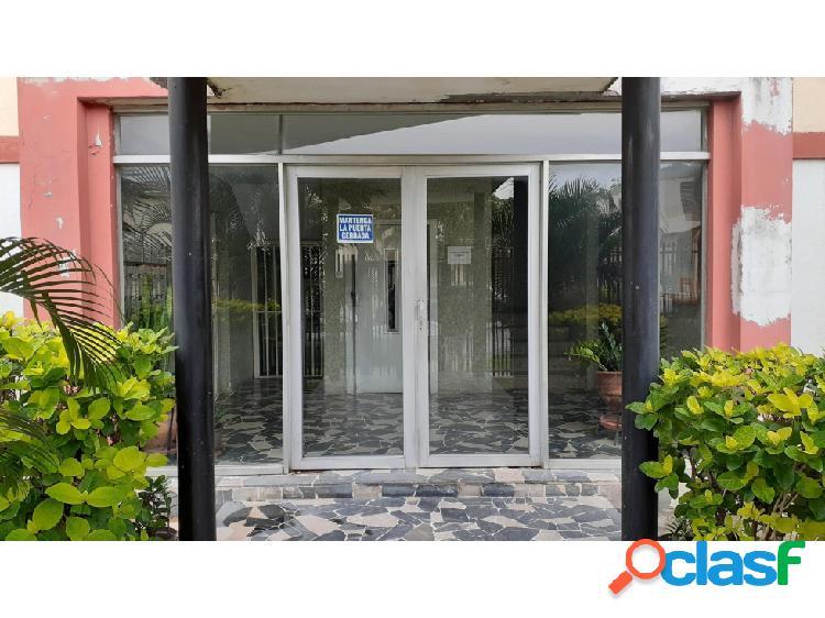 Apartamento en Venta en la Urb El Trigal 20-21563 KP