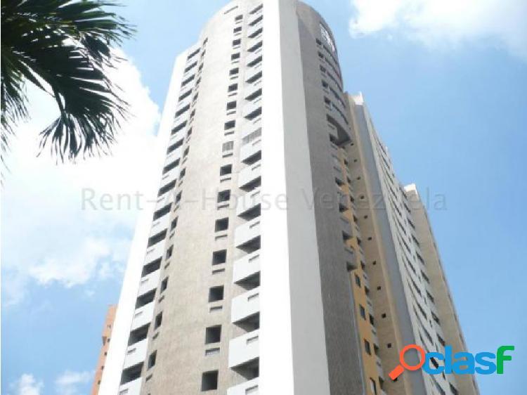 Apartamento en venta en Agua Blanca Valencia 20-8202 RAGA