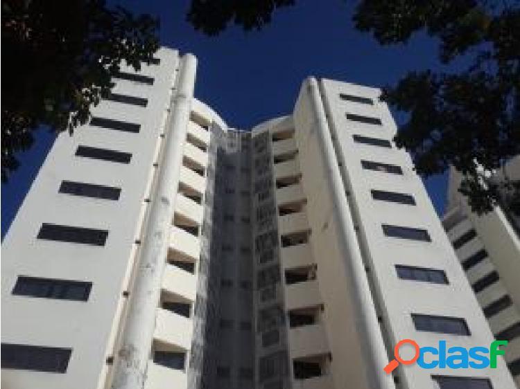Apartamento en venta en El Parral cod 20-6226 opm