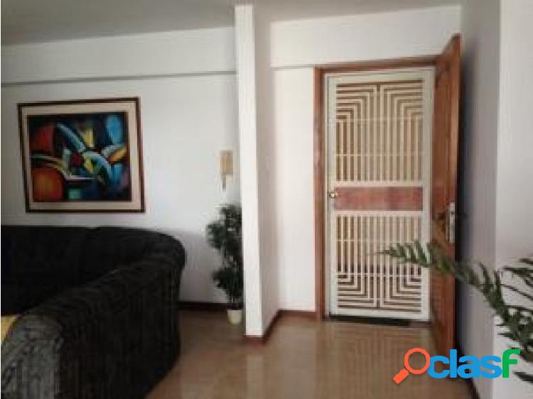 Apartamento en venta en El Parral cod 20-7723 opm