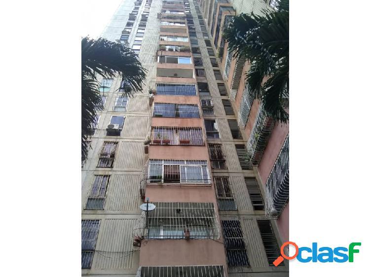 (MAA-1041) Apartamento en Res. Las Quintas