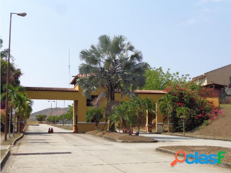 Terreno en venta en Lomas del Country Valencia 20-22967 RAGA