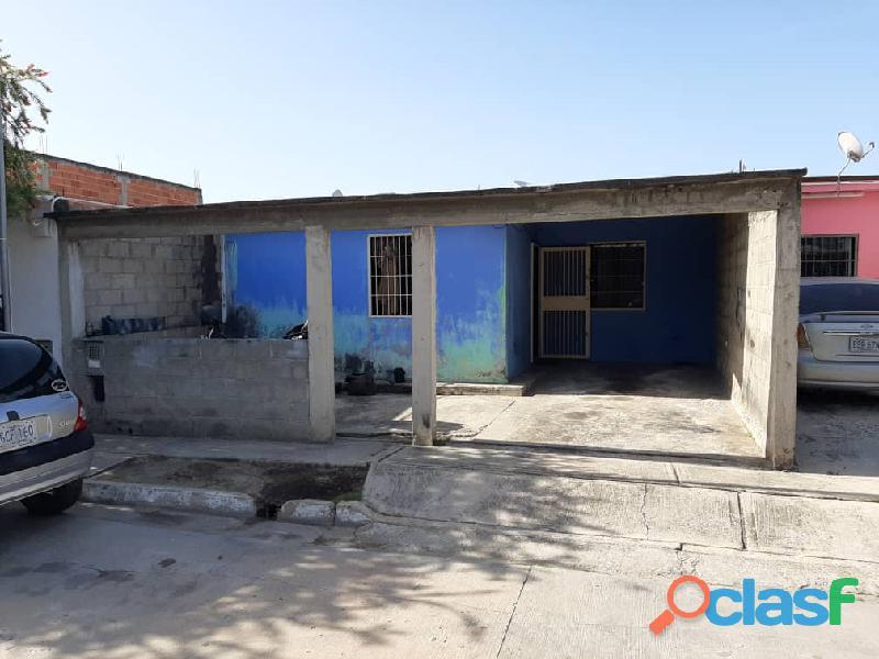 Casa En Buenaventura, Paraparal. Los Guayos, Foc 747