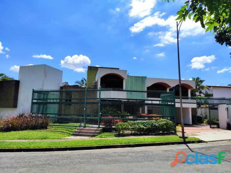 SKY GROUP Vende casa en urb la Viña Valencia FOC 783