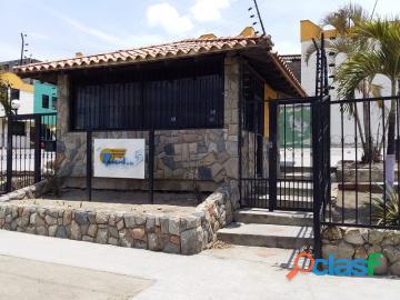 Townhouse en venta en Parque Valencia, Carabobo, enmetros2,