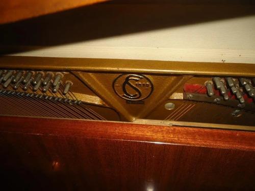 Majestuoso Piano Vertical