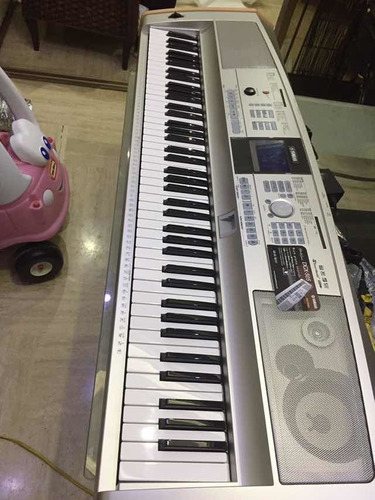Teclado Piano Yamaha Modelo Dgx-505 Profesional 88 Teclas