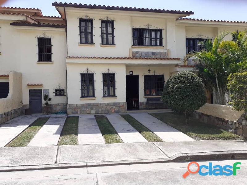 Venta Town House Mañongo Sector El Rincon