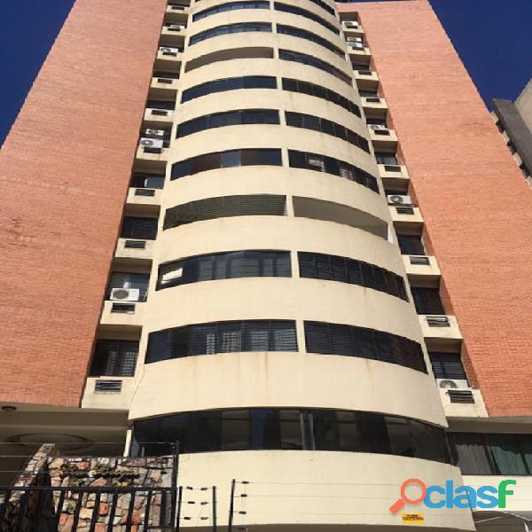 Apartamento en Venta en El Bosque, Valencia, Carabobo, FOCUS