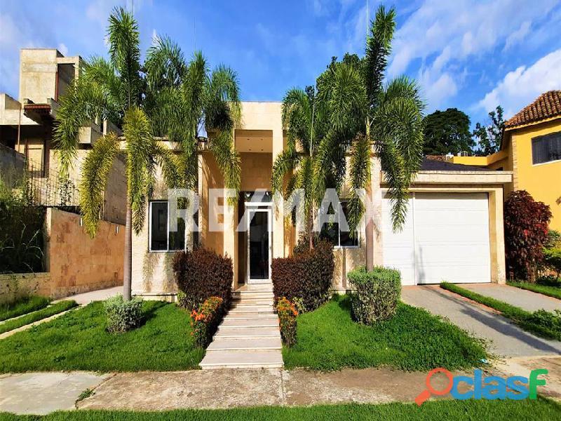 RE/MAX PARTNERS Vende Casa en Villas de San Diego Country