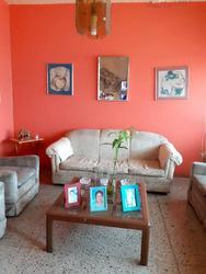 Casa en Barrio Oeste. Naguanagua