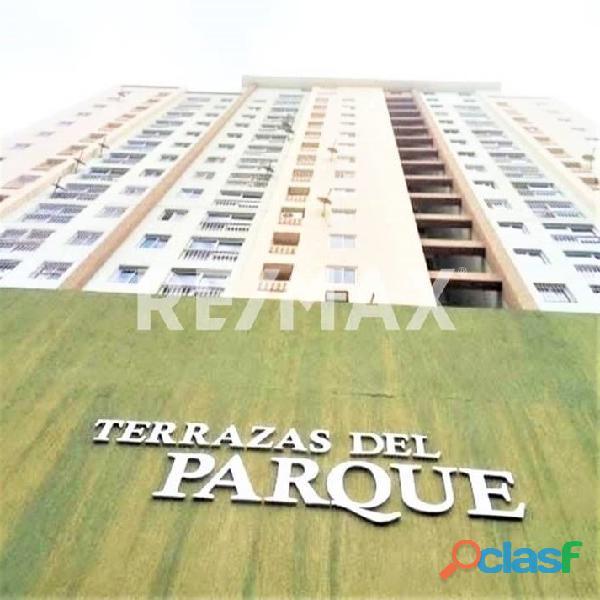 RE/MAX PARTNERS Vende Apartamento en Residencias Terrazas