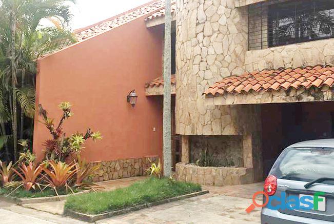 Casa en Alquiler Urb. Colinas de Guataparo Valencia YCS6