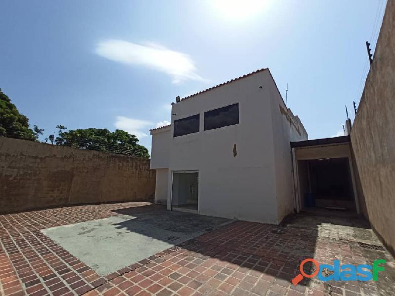 SKY GROUP Vende casa en la Viña FOC 1065