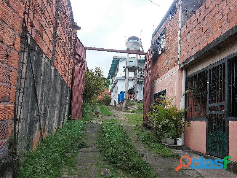 CASA GRANDE en San Cristobal, sector Santa Cecilia!
