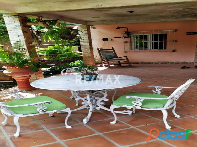 RE/MAX PARTNERS Vende Casa en la Cumaca, San Diego