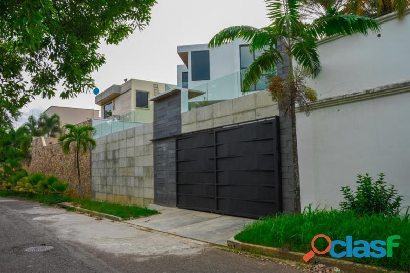 SKY GROUP Vende casa en altos de Guataparo FOC 1016