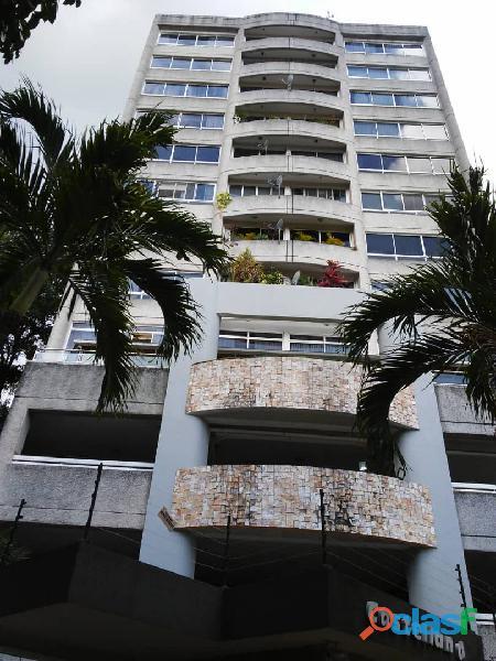 Apartamento En Residencias Castellana. El Parral. Estado